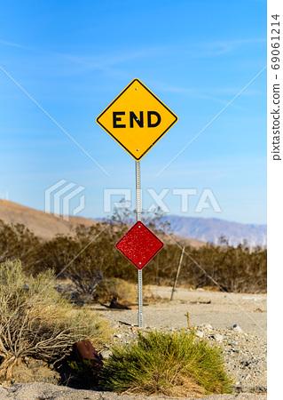 美国路标[END] [END] 69061214