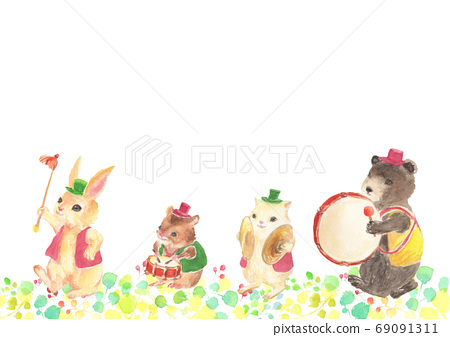 Illustration of a cute drum team painted in watercolor 69091311