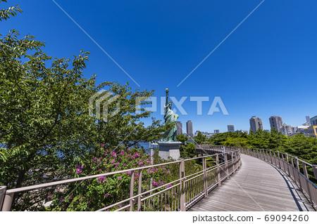 禦台場海濱公園浮橋和自由女神像 69094260
