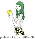 一個年輕的女人,讀一本書(上半身,女人,短袖,夏天) 69099694