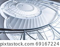 白色螺旋形樓梯 69167224