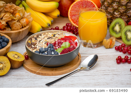 Group Fruits Breakfast mixed vegetables  69183490