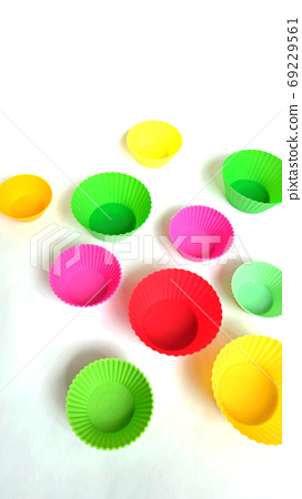 Colorful silicone cups 69229561