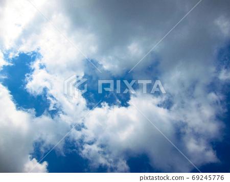 白雲 69245776