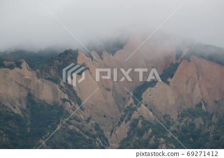 火燄山 69271412