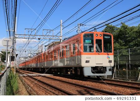 아시야시 우치 역 부근을 달리는 한신 8000 계 69291331