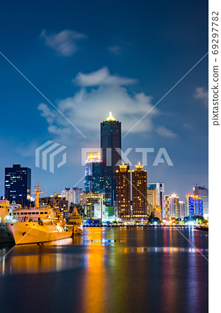 臺灣高雄駁二大港橋Taiwan Kaohsiung Pier Two Dagang Bridge 69297782