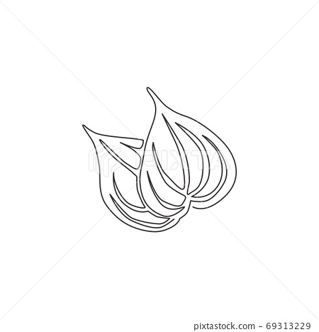 Single continuous line drawing of heap healthy organic betel leaf for farm logo identity 69313229