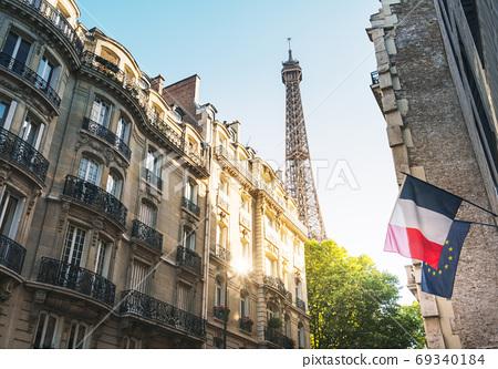 building in Paris near Eiffel Tower 69340184