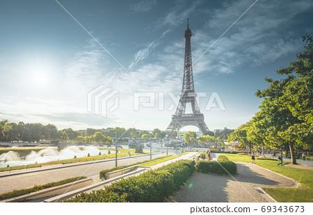 sunny morning, Paris, France 69343673