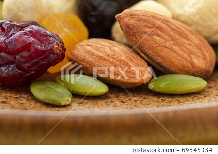 盤子,營養,綜合堅果,プレート、栄養、ミックスナッツ、Plate, mixed nuts, 69345034