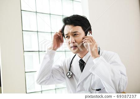 곤란 의사 69387237