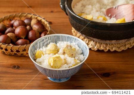 栗子飯在茶碗裡 69411421