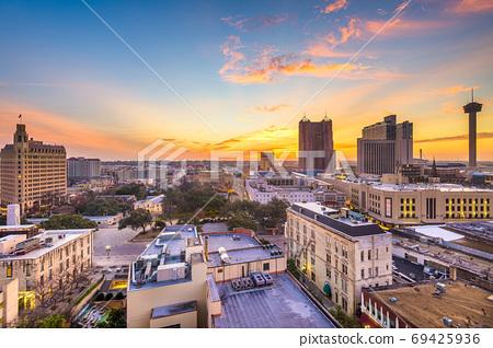 San Antonio, Texas, USA Skyline 69425936