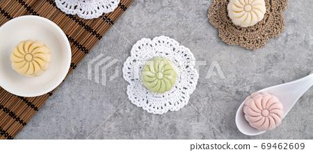 冰皮月餅 月餅 中秋節 頂視圖 Snow skin moon cake mooncake げっぺい 69462609