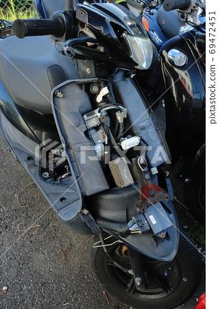 오토바이 사고 이미지 69472451
