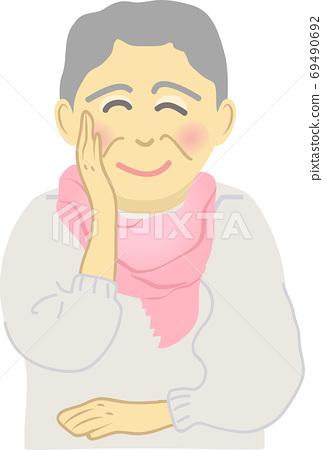 Senior woman with a smile 69490692