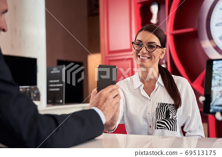 Businessman in suit on business trip 69513175
