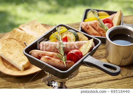 프라이팬 냄비에서 즐길 손쉽게 야외 요리 69518440