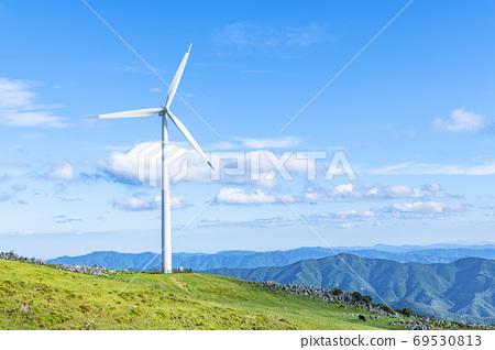 시코쿠 카르스트와 풍력 발전소 69530813