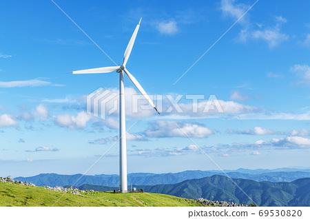 시코쿠 카르스트와 풍력 발전소 69530820