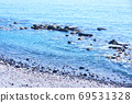 Image for a quiet background of the coast with rocks and tetra 69531328