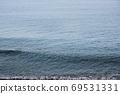 平静的海面的单调图像 69531331