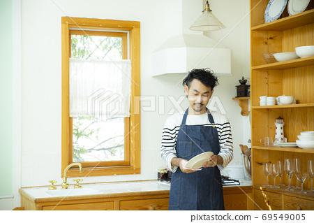 男丈夫做家務 69549005