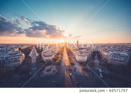 Paris view from Arc de Trimphe, France 69571797