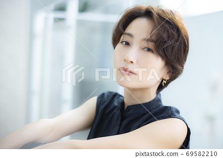 美女形象30多歲的女性 69582210