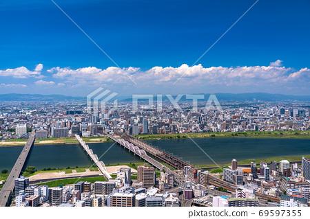 《大阪府》大阪市容/居住區和淀川 69597355