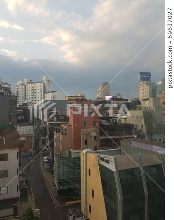 한국.도시.서울.신사동.아침.빌딩 69617027