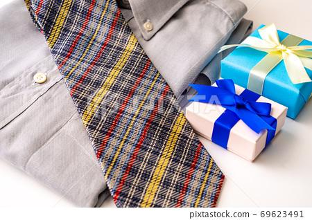 선물 69623491
