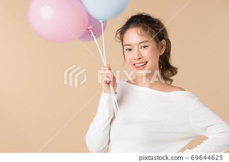 氣球的可愛女人 69644625