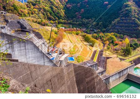 (가나가와 현) 丹沢湖 미호 댐 보수 공사 가을 69656132