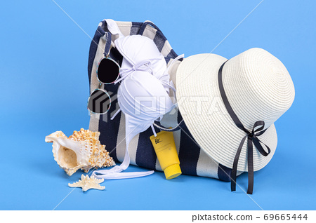 Summer holiday concept, Summer beach accessories 078 69665444