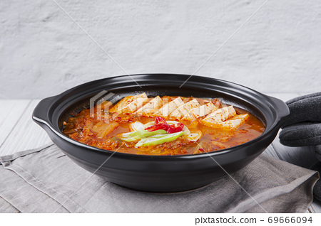Delicious Korean food, a collection of various Korean dishes 179 69666094