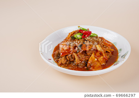 Delicious Korean food, a collection of various Korean dishes 305 69666297