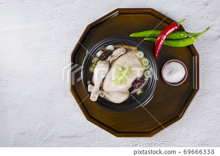 Delicious Korean food, a collection of various Korean dishes 274 69666338