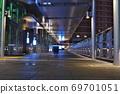 JR 오사카 역 남쪽의 스카이 워크의 밤 69701051