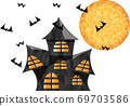 在萬聖節之夜滿月照亮的豪宅 69703586
