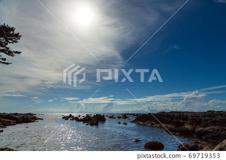 요코스카시 荒崎 해안에서 가을 하늘 시내 69719353