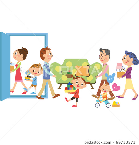 Three-generation family moving 69733573