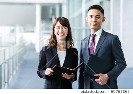 商務會議會議辦公室 69765865