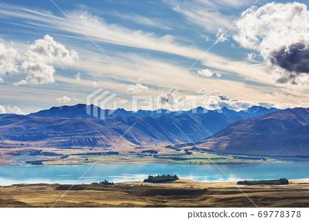 New Zealand lakes 69778378