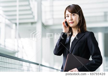 女商人辦公室 69793420