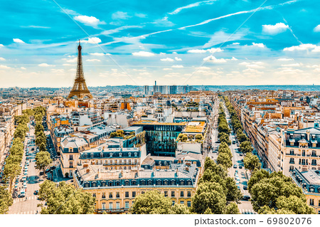 Beautiful panoramic view of Paris from the roof of the Triumphal Arch. View of the Eiffel Tower. 69802076
