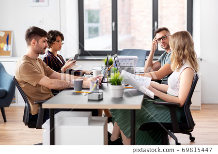 business team or startuppers working at office 69815447