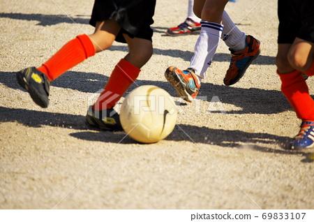 近戰足球比賽 69833107