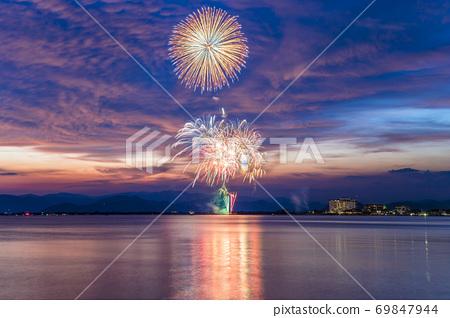 [시가현 나가 하마시] 나가 하마 · 북 비와코 큰 불꽃 놀이 69847944